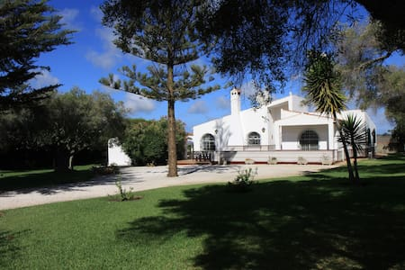 Golf villa beautiful garden & pool  no 688 - Chiclana de la Frontera - Haus