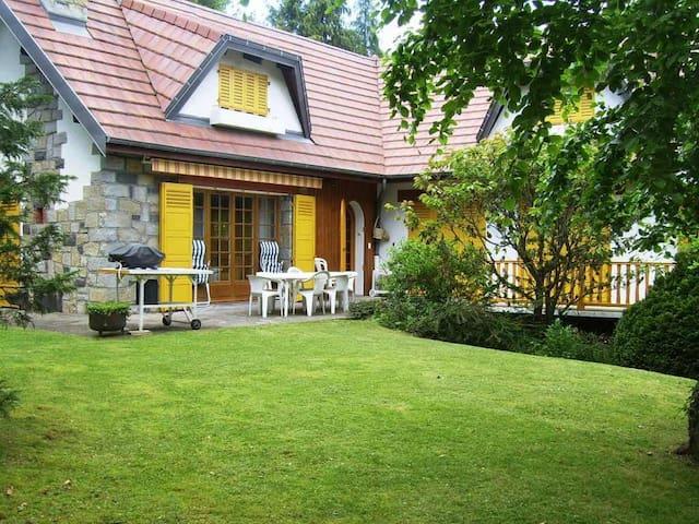 Puy de dome Paradise - Orcines - House