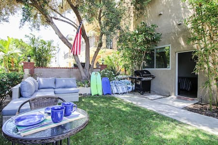 Beachside studio w/private garden - Marina del Rey - Apartment