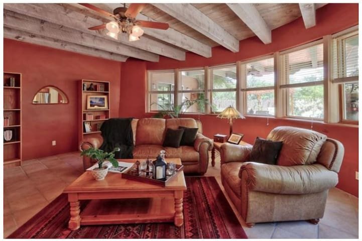 Large but Cozy Home in Corrales NM