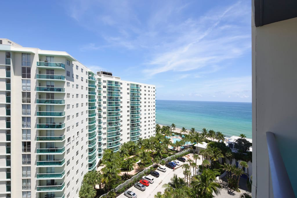 Beach Front Up To 4 Guests 12th Floor Ocean View Apartments For Rent In Hollywood Florida