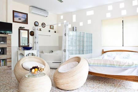 Superior Jacuzzi Double Bed999baht - Ban Chang - Inap sarapan