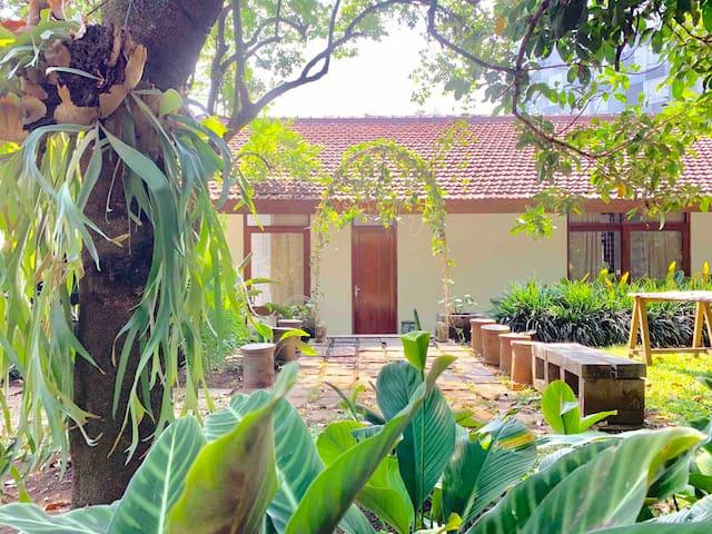 Oude Bandung Guesthouse