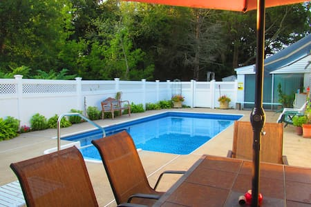 Charming 3-bedroom home with Pool