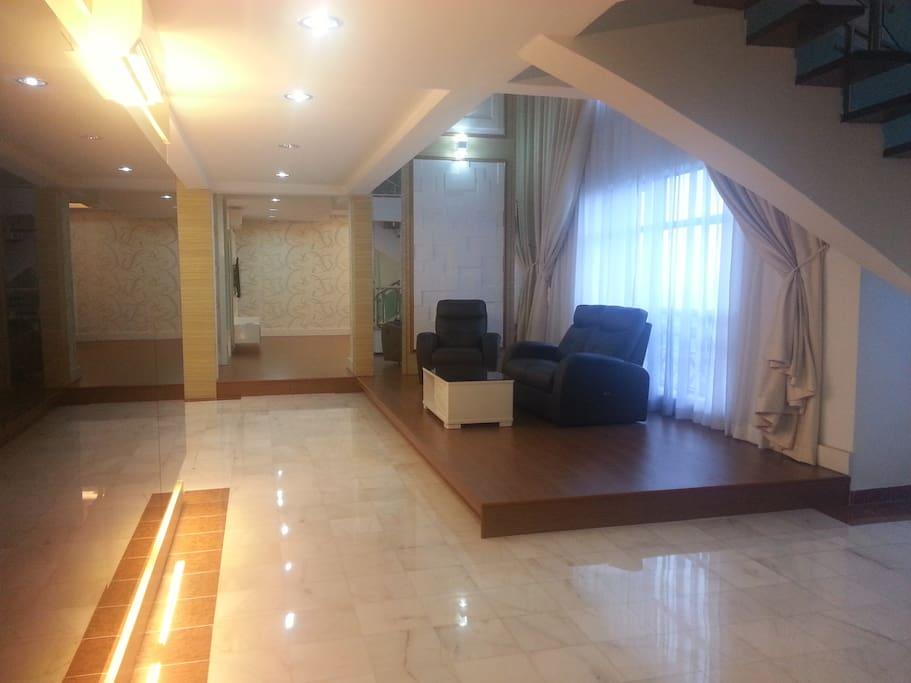 1st Living Hall