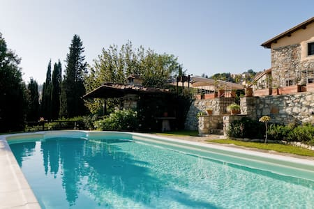 Holiday in Toscany in the Tinaia - Rignano sull'Arno - House