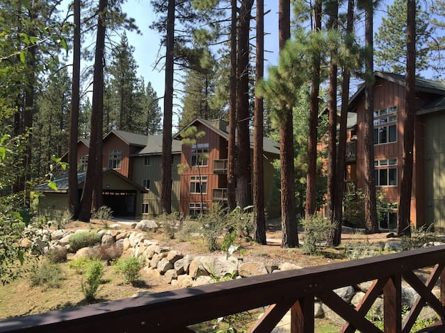 So. Shore Lake Tahoe / Zephyr Cove, NV 3 BR Condo - Zephyr Cove-Round Hill Village - Condo