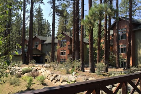 So. Shore Lake Tahoe / Zephyr Cove, NV 3 BR Condo - Zephyr Cove-Round Hill Village - 公寓