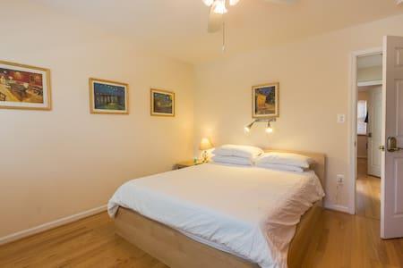 Old Towne Alexandria Van Gogh suite - İskenderiye - Ev