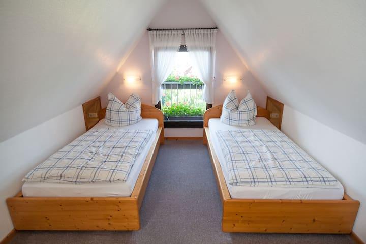 Schöne Ferienwohnung nahe Höxter - Boffzen