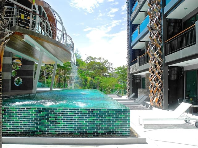 Brand New Sea View Apartment near Patong Beach