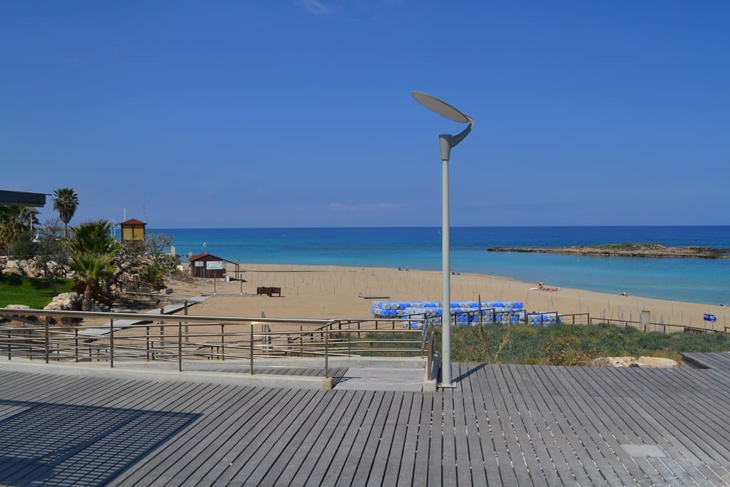 Stunning Fig Tree Bay on your doorstep!