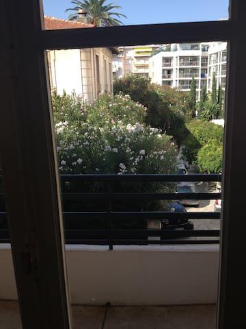 Centre Cannes,Palais Rouaze - Cannes - Apartment