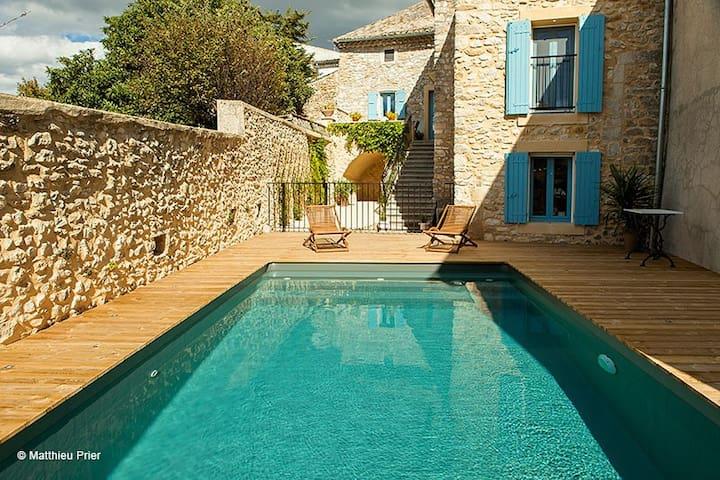 Chambre d'hôtes de charme - Saint-André-de-Roquepertuis - Bed & Breakfast