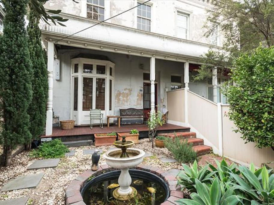 St kilda georgian terrace house houses for rent in saint for The terrace house book