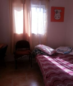 2 cozy bedrooms in the very calm d - באר שבע - Bed & Breakfast