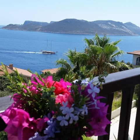 Amazing Sea Views of Peninsula with pool - Kaş - Lejlighed