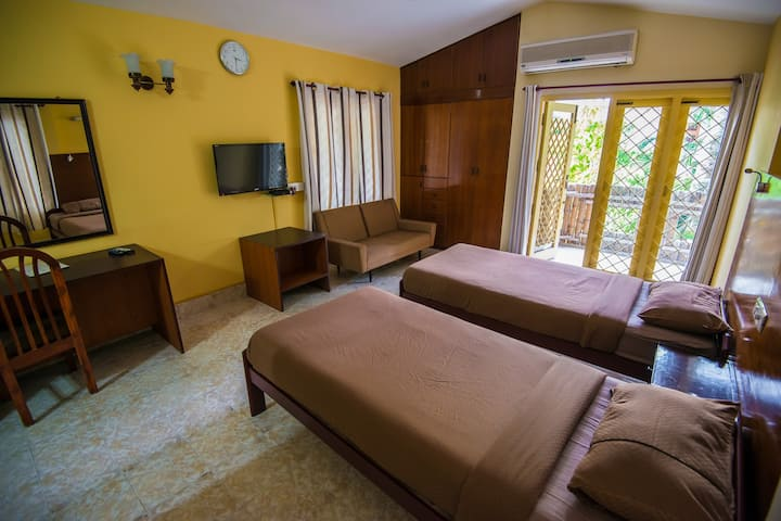 Comfortable B&B in central hub of chennai
