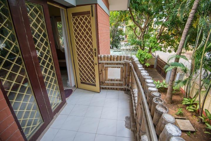 Sriram nagar thiruvanmiyur 2018 with photos top 20 places to sriram nagar thiruvanmiyur 2018 with photos top 20 places to stay in sriram nagar thiruvanmiyur vacation rentals vacation homes airbnb sriram solutioingenieria Gallery