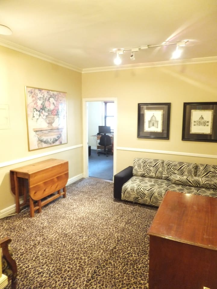 Sitting room has optional air mattress and twin-size couch so can sleep 2 more if needed.