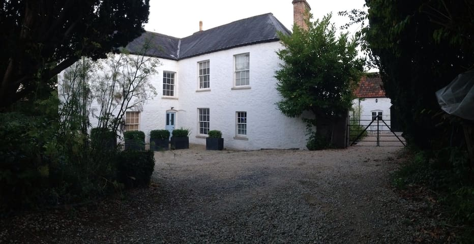 The Old Stables, hip village escape - Wedmore - Huis