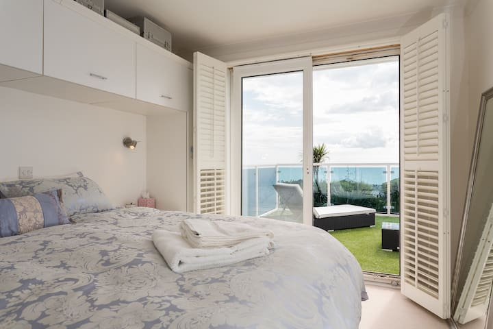 Beautiful Witterings Beachfront with sea view - East Wittering - บ้าน