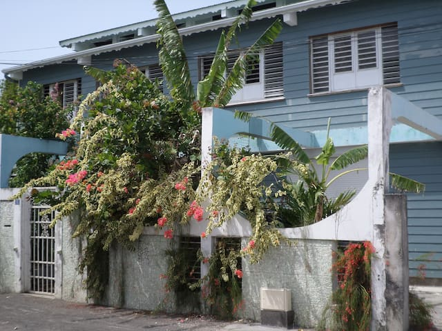 Vacances tropicales chez Frantz - Port-Louis - Apartment