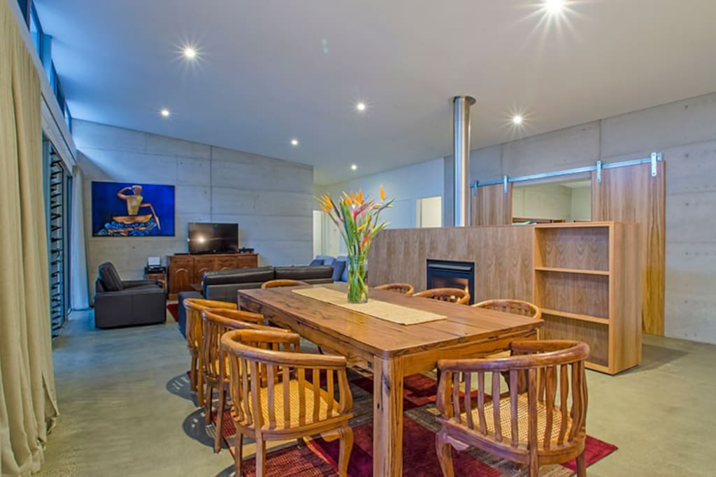 Living and dining space ideal for entertaining