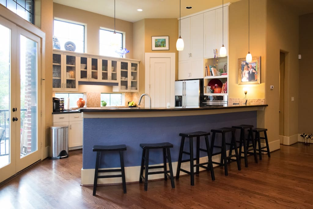 Bar seating in the kitchen - Great place to hang out while cooking.