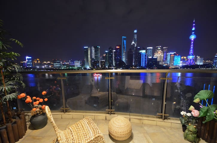 【V.U.】180度全江景套房 俯瞰陆家嘴黄浦江 130平古典新中式