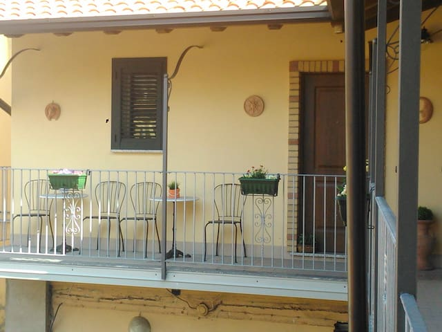 CAMERE - Carugate - Bed & Breakfast