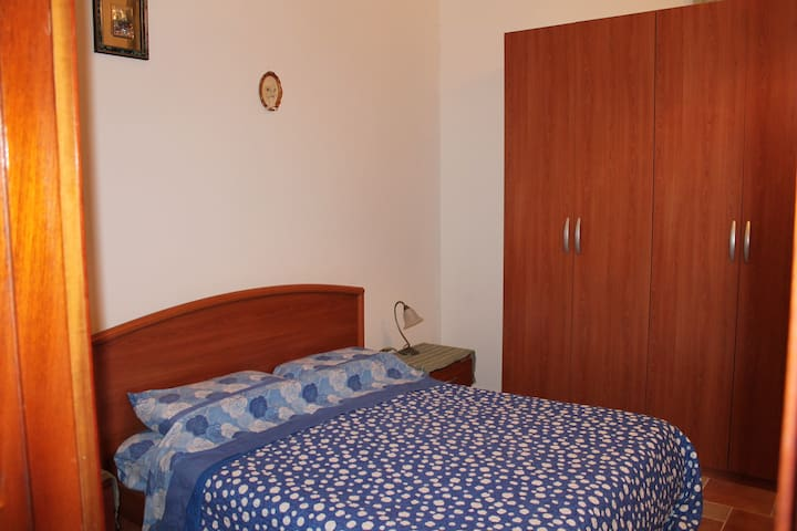 BED AND BREAKFAST  L'OASI - Frosinone - Szoba reggelivel