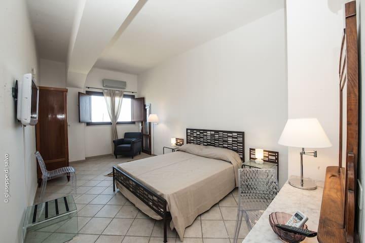 casale belvedere - VALDERICE - Bed & Breakfast