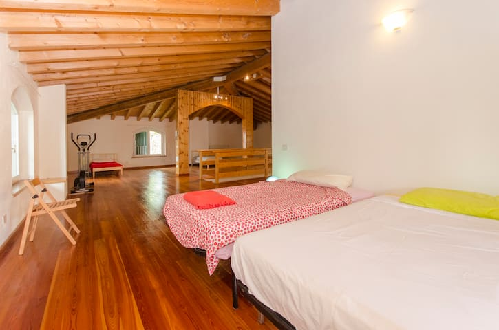 Large attic in villa - Chiari