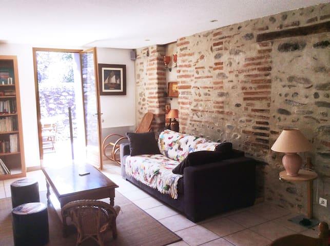 Maison typique entre mer / montagne - Millas - บ้าน