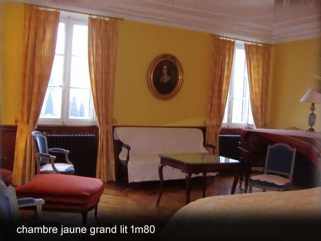 chateau massal chambre jaune 34m2 - Bez-et-Esparon
