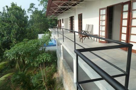 MALWATTA VILLA - Bentota Induruwa - Casa de campo