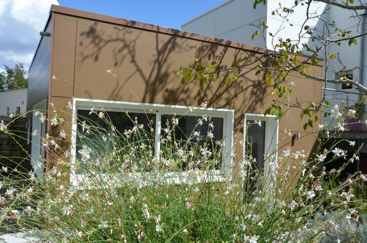 Joli studio 36 m2 au calme dans la verdure