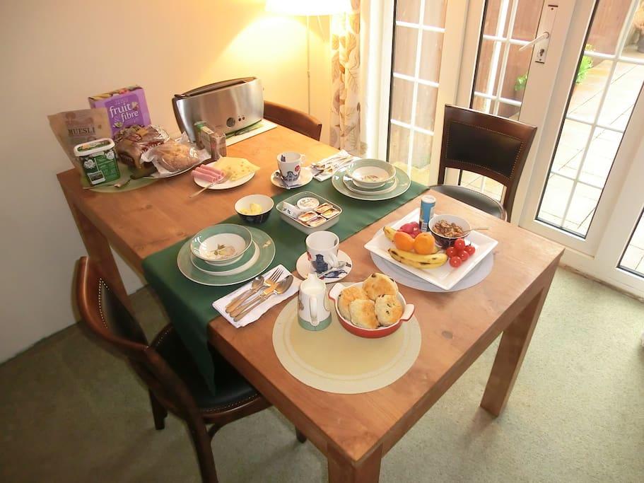 Breakfast in the garden room