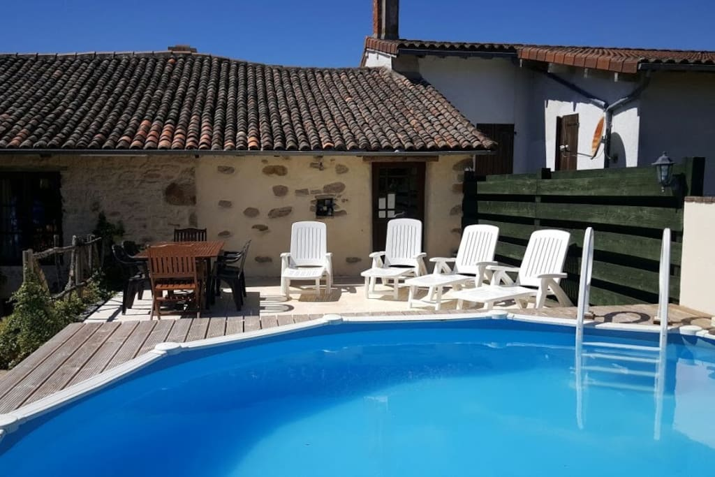 Private garden with heated pool & patio to sunbathe & relax...