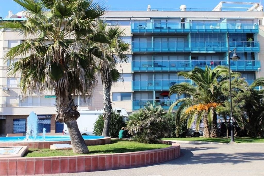 Big Appartments With Seascape Apartments For Rent In