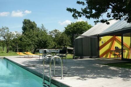 design huis zwembad en privé sauna - Margraten - Rumah