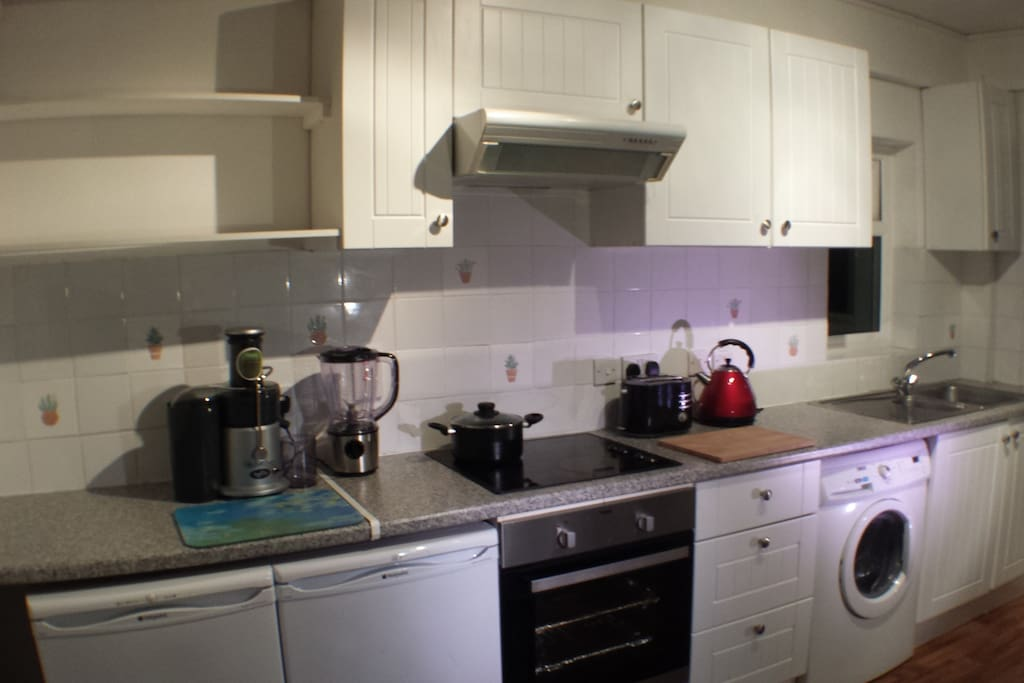 Big Kitchen to prepare a snack or make a coffee or use the washer and dryer to freshen some clothes