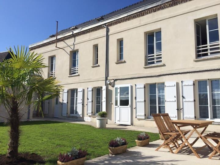 Studio Les Bleuets-Laon Cité Médiévale-Jardin-Spa