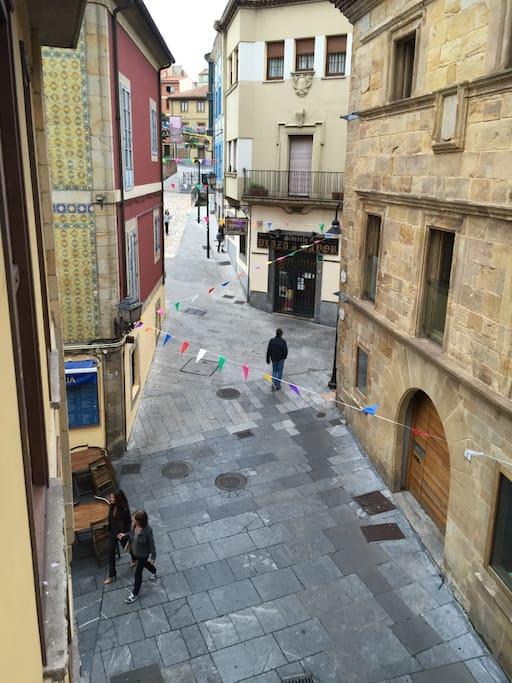 Vistas desde las habitaciones, calle peatonal