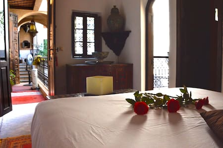Chambre Bahia riad de charme medina - Marrakesh - Bed & Breakfast