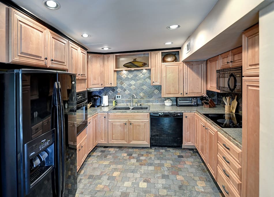 Full Size fully stocked gourmet kitchen