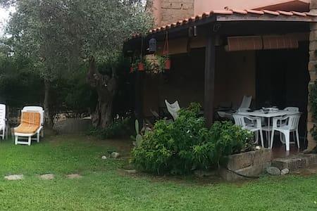 Villetta mare - House