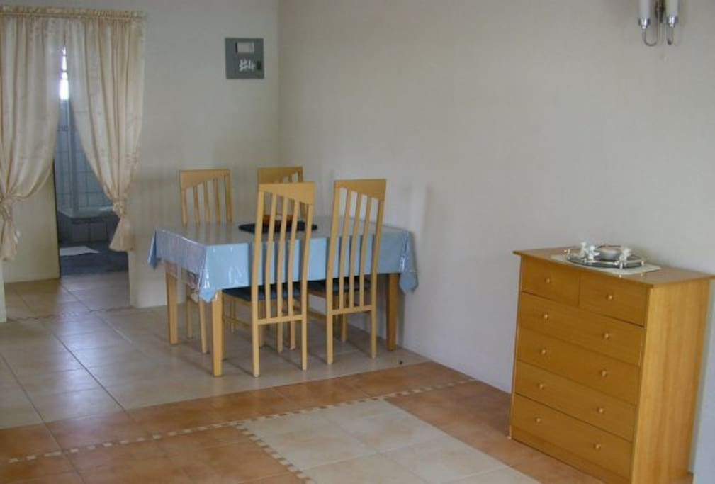 Lovely Spacious 1 Bedroom Apartment Apartments For Rent In Oistins Christ Church Barbados