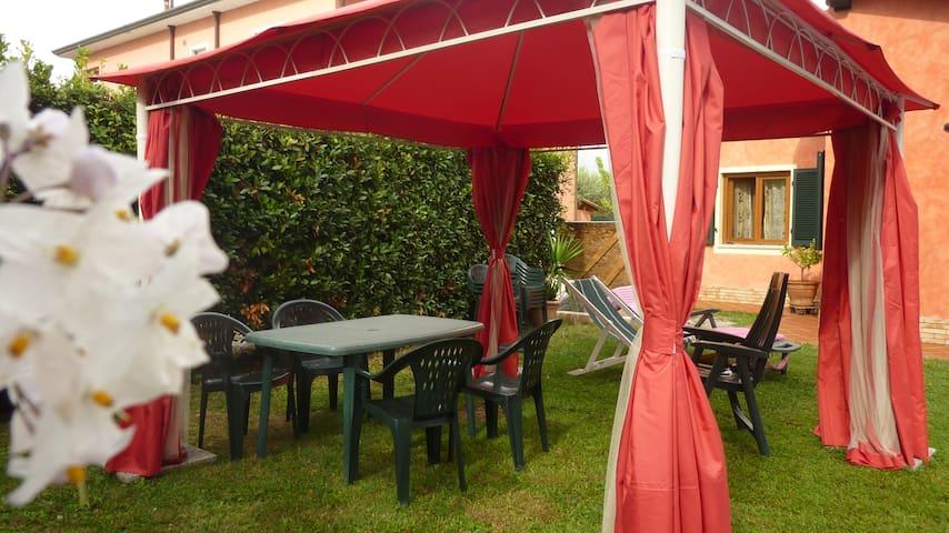 Appartamenti Ca'Melia a Sarzana - Sarzana - Talo